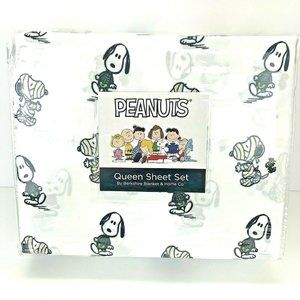 New Peanuts Snoopy Halloween 4pc QUEEN Sheet Set
